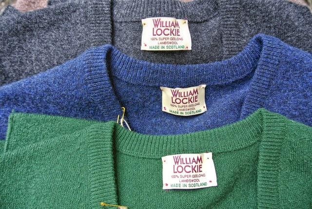 WILLIAM LOCKIE GENTS SUPER GEELONG PULLOVER V-NECK