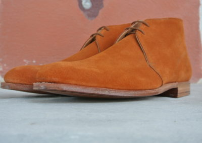 christian-boehne-burnt-orange-suede-chukka-boot-x-crockett-jones3