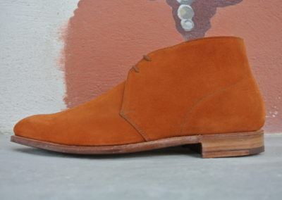 christian-boehne-burnt-orange-suede-chukka-boot-x-crockett-jones4