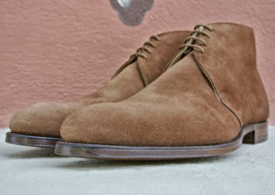 christian-boehne-polo-brown-reverse-calf-suede-chukka-boot-x-crockett-jones-3